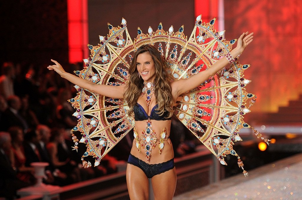 2011 Victoria's Secret Fashion Show - Runway
