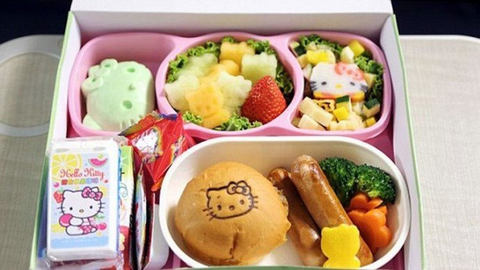 eva-air-hello-kitty-4