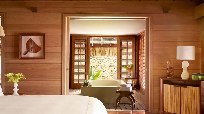 four-seasons-borabora-villa-bedroom