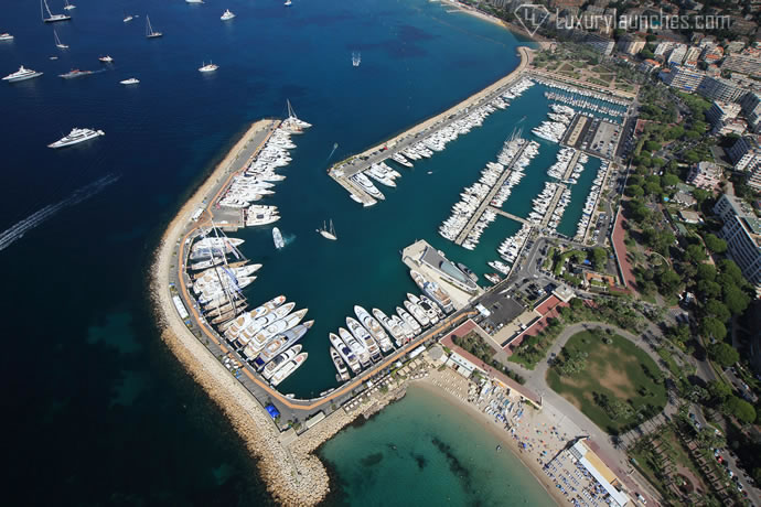helicopter-picturesque-french-riviera-5