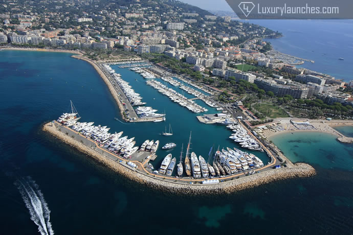 helicopter-picturesque-french-riviera-6