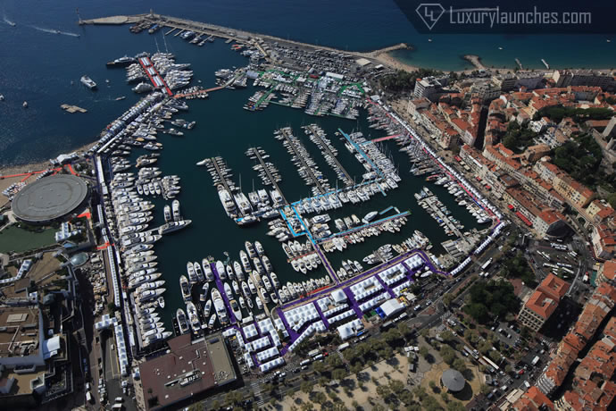 helicopter-picturesque-french-riviera-8