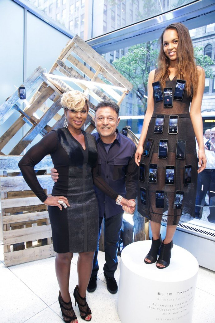 iPhone_dress_with_Mary_J_Blige
