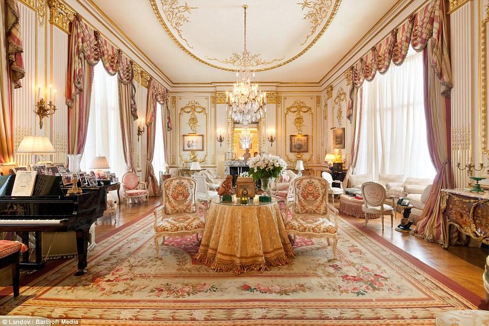 Inside Joan Rivers Upper East Side Penthouse A Gold