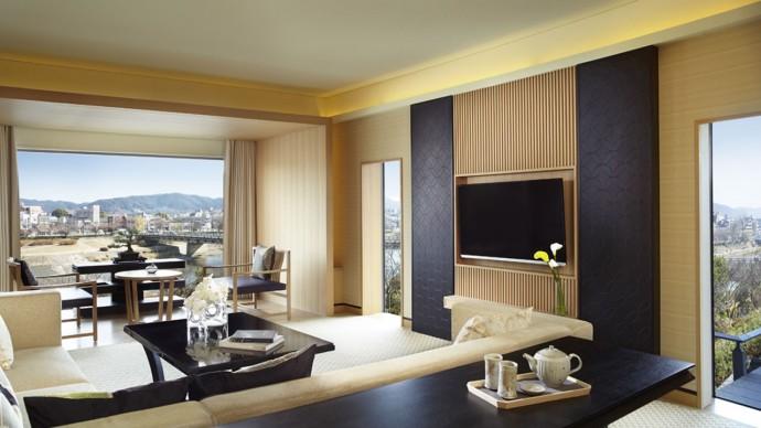 Kamogawa Suite Living Room