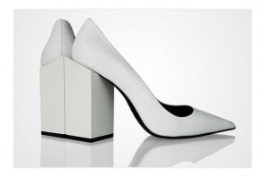 The Monolithe heels by Pierre Hardy pays a tribute to the sci-fi cult movie '2001: A Space Odyssey'