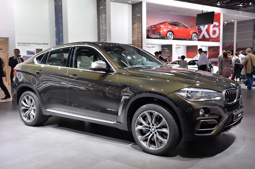2015 bmw x6 makes its world debut at the paris motor show. Black Bedroom Furniture Sets. Home Design Ideas