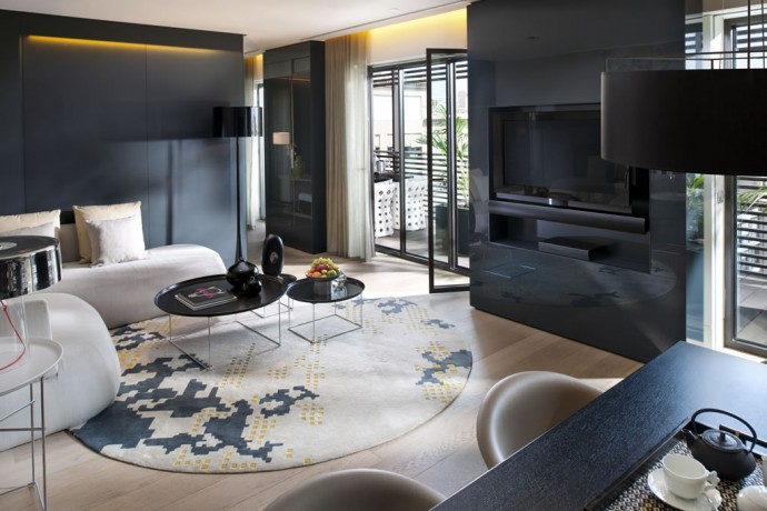 barcelona-2014-suite-terrace-suite-living-room