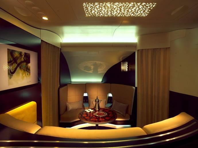 etihad-a380s-lobby-bar-2