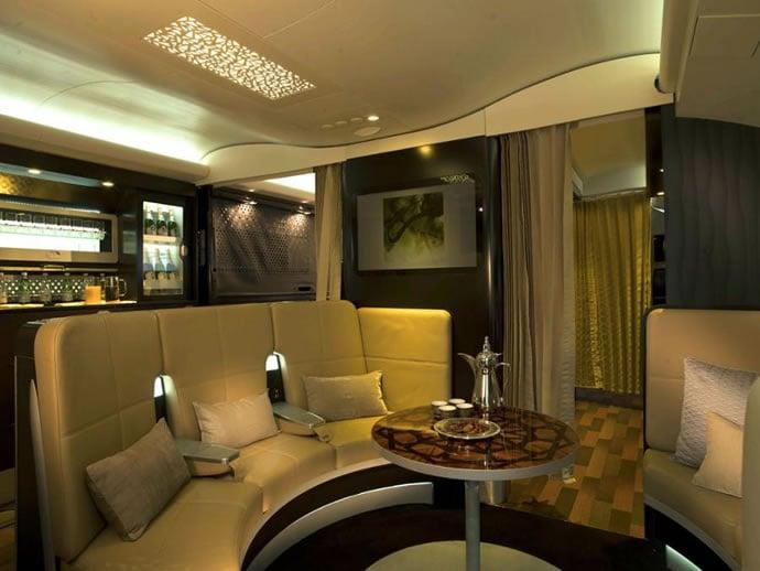etihad-a380s-lobby-bar