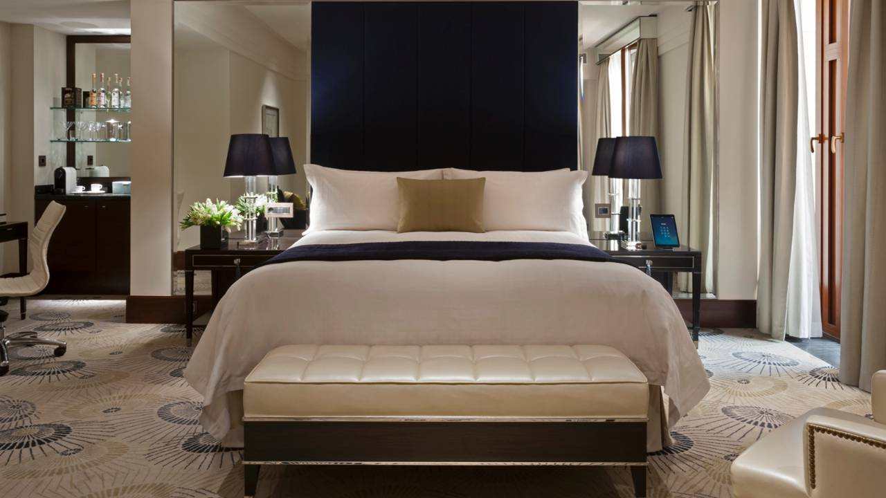 Russia s latest luxe address four seasons hotel moscow is for Four season rooms pictures