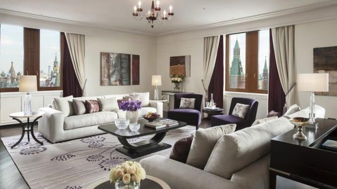grand-premier-suite-living-room