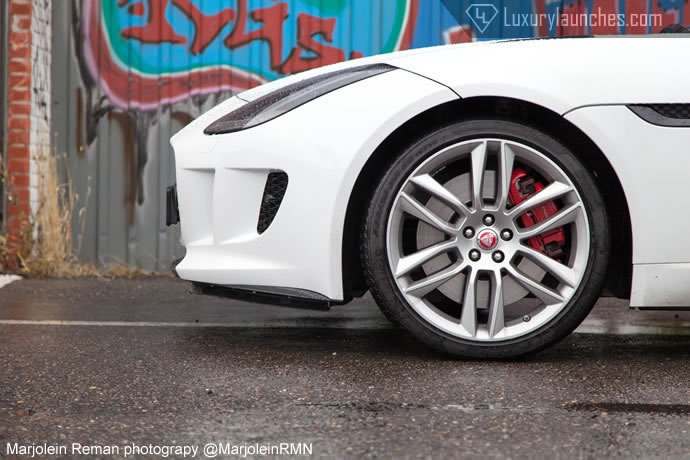 jaguar-f-type-r-coupe-06