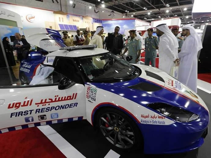 Only in Dubai: $150,000 Lotus Evora customized into the world's fastest ambulance : Luxurylaunches