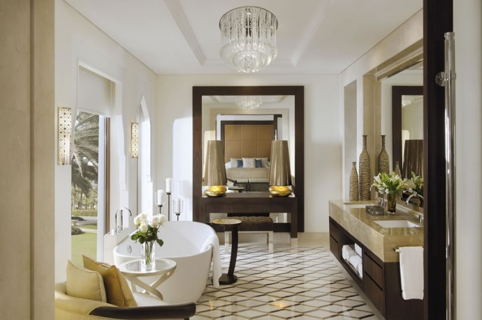 The Palm Beach Junior Suite Bathroom