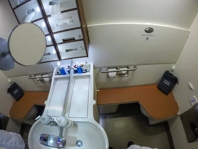 singapore-airlines-suite-class-20