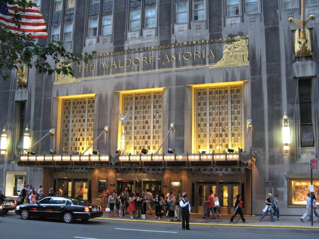 At billion waldorf astoria becomes most expensive for Expensive hotel in new york