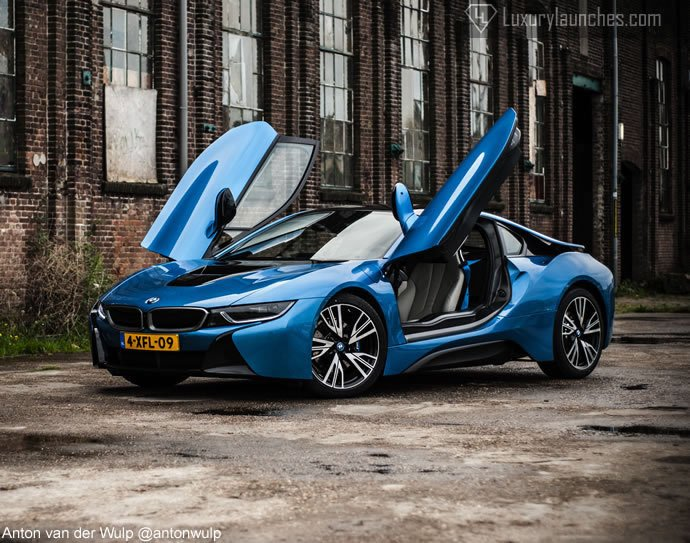 Review Bmw I8 The Sexiest Hybrid In Town