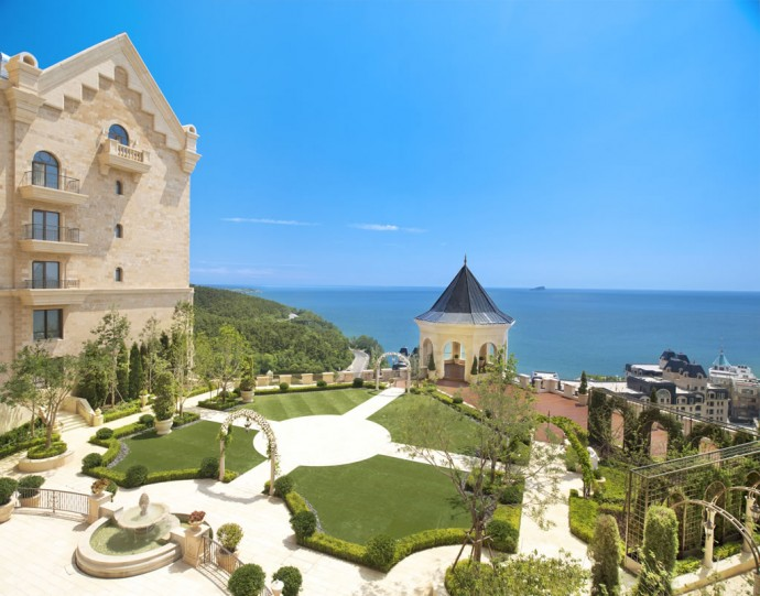 castle-hotel-dalian-the-esplanade-3