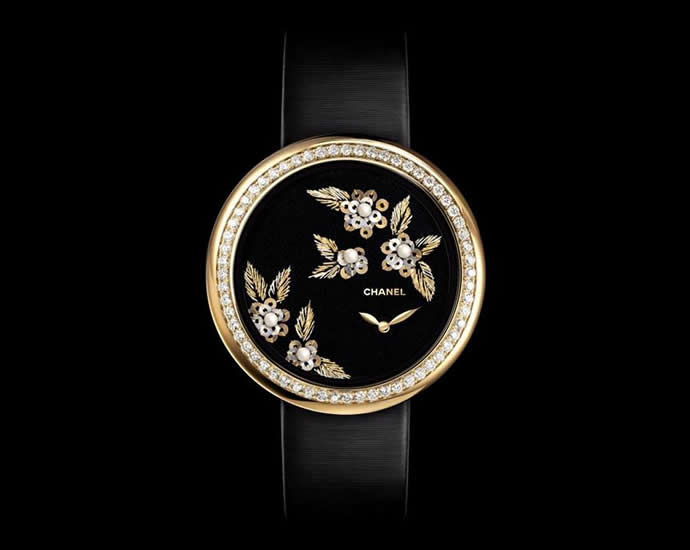 chanel-embroidered-mademoiselle-prive-camelia-watches-3