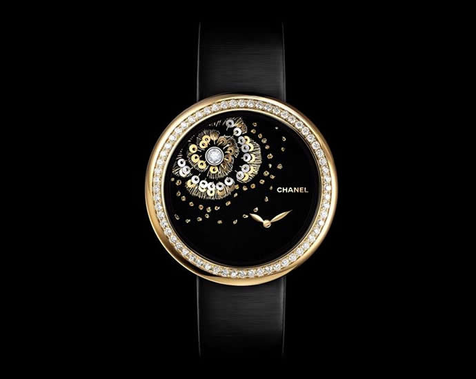 chanel-embroidered-mademoiselle-prive-camelia-watches-4