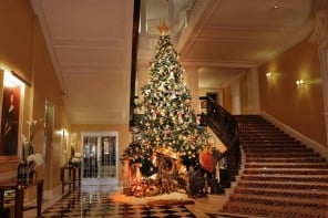 Dolce & Gabbana designs an 8-meter high Christmas tree for Claridge's lobby
