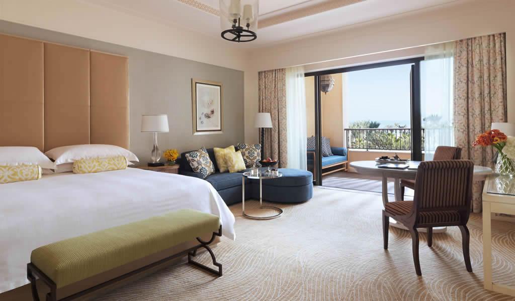 Inside Four Seasons Resort At Jumeirah Beach Dubai S