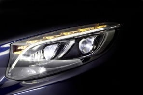 Mercedes-Benz new Multibeam LED headlight packs in a whopping 84 LEDs per lamp
