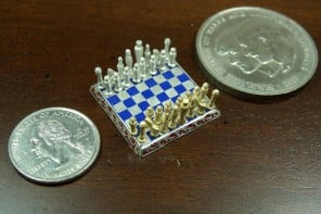 smallest-chess-set-1