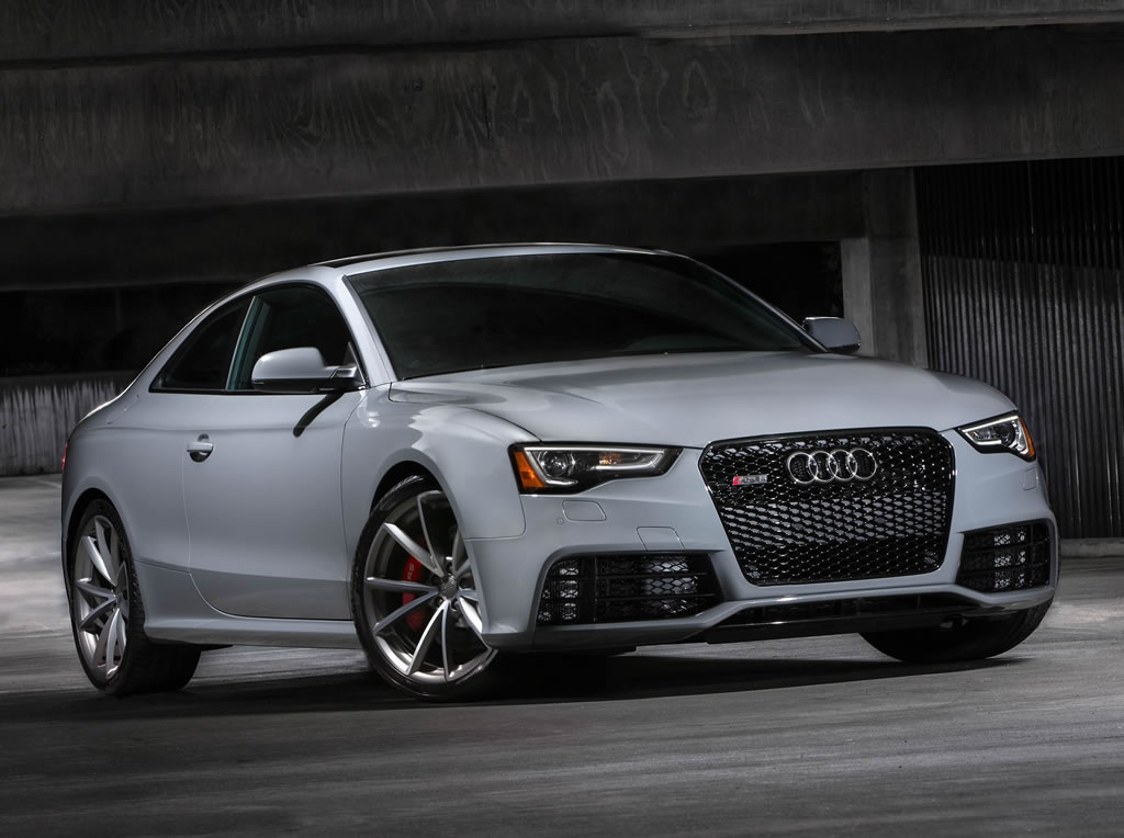2015 audi rs5 coupe sport limited edition unveiled. Black Bedroom Furniture Sets. Home Design Ideas