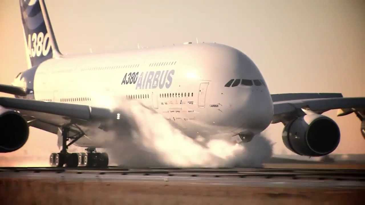 Largest Airplane Luxury : Will the world s largest passenger plane a soon