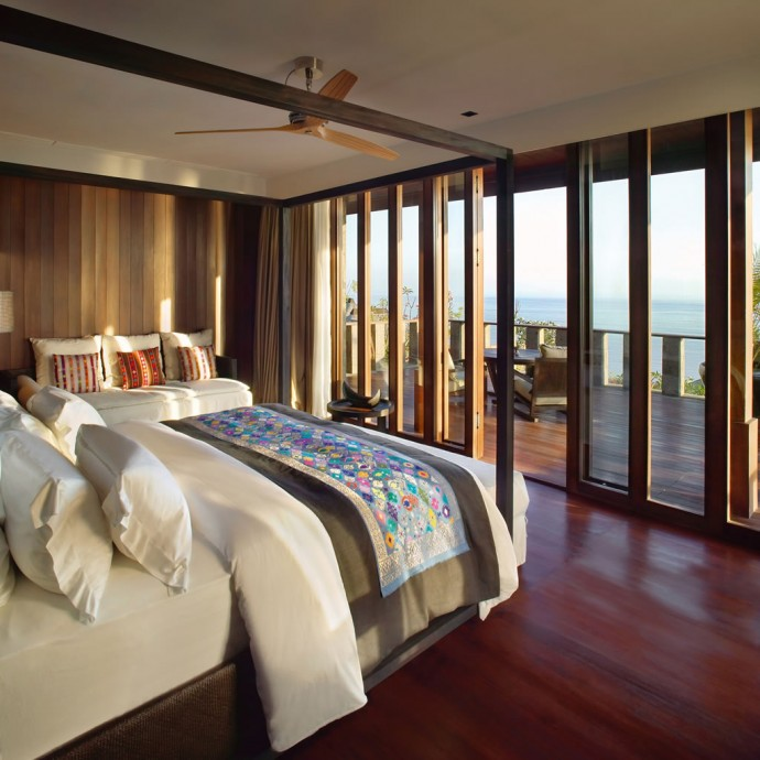 bulgari-villa-master-bedroom