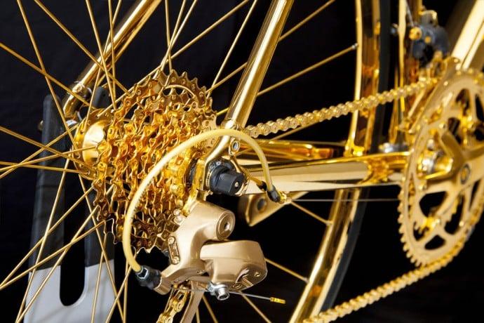goldgenie-gold-racing-bike-2