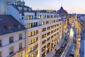 Suite of the week: The opulent Royale Orientale Suite at Mandarin Oriental Paris