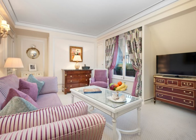 ritz-london-signature-piccadilly-suite