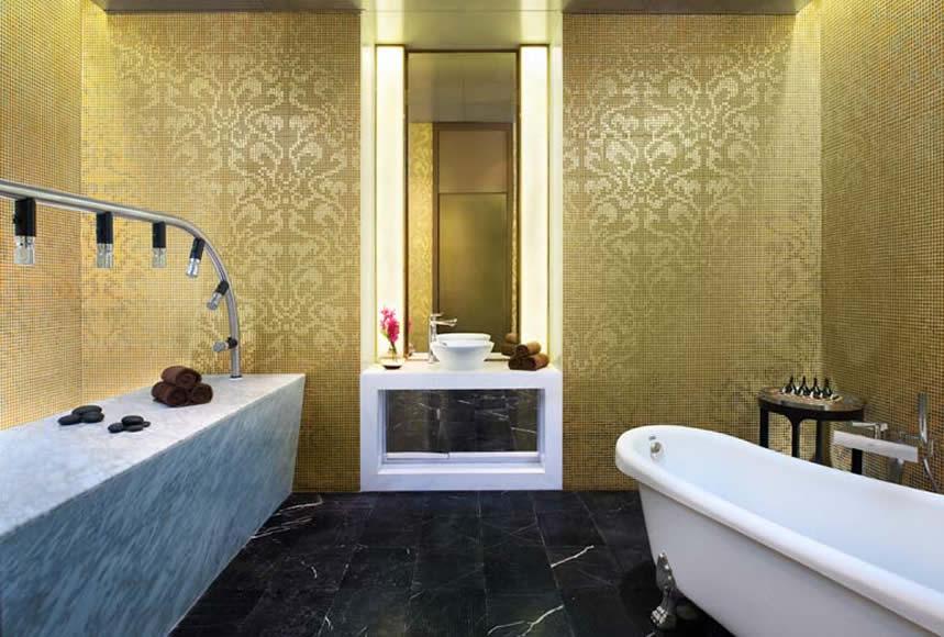 Vicky Shower Room