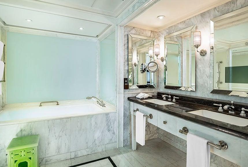 St.Regis Suite Bathroom