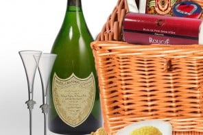 Check out whats inside the World's most lavish Christmas Hamper thats selling for $135,000