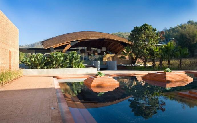 veranda-lobby
