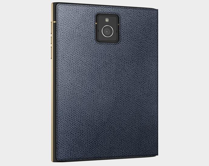 blackberry-passport-gold-3