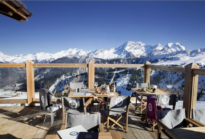 a restaurant in courcheval serves up delicious food at 7000 feet. Black Bedroom Furniture Sets. Home Design Ideas