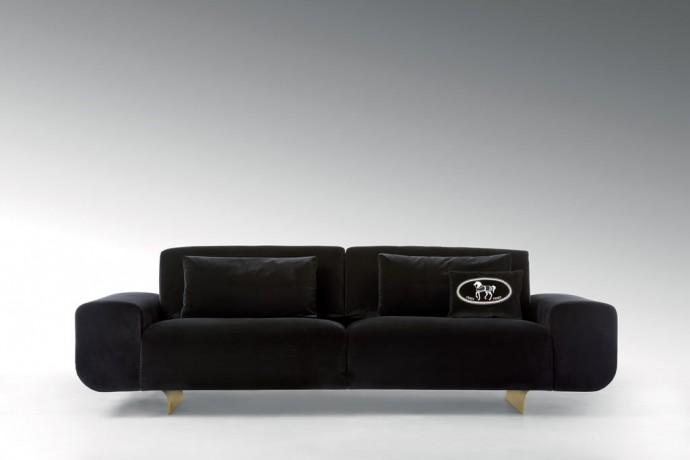 fendi-casa-Camelot-3-seater-sofa