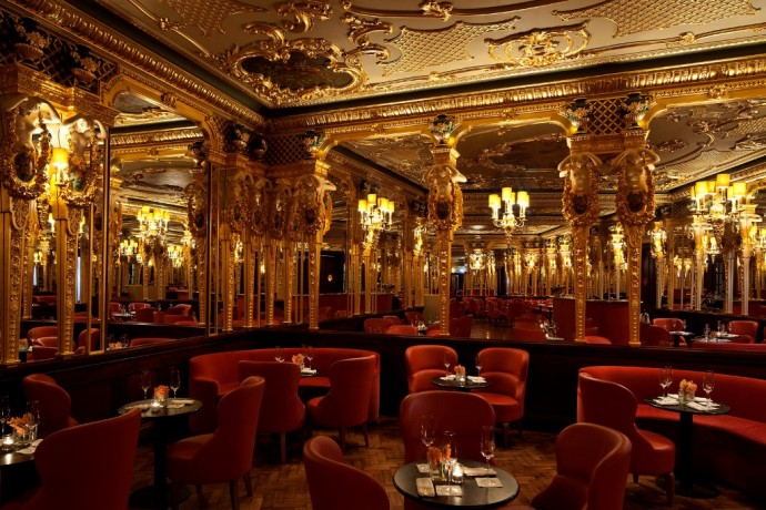 The Oscar Wilde Bar of the Hotel Cafe Royal