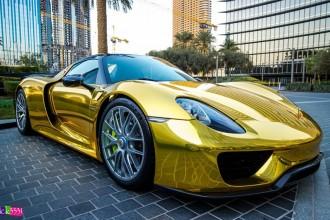 gold-wrapped-porsche-918-1