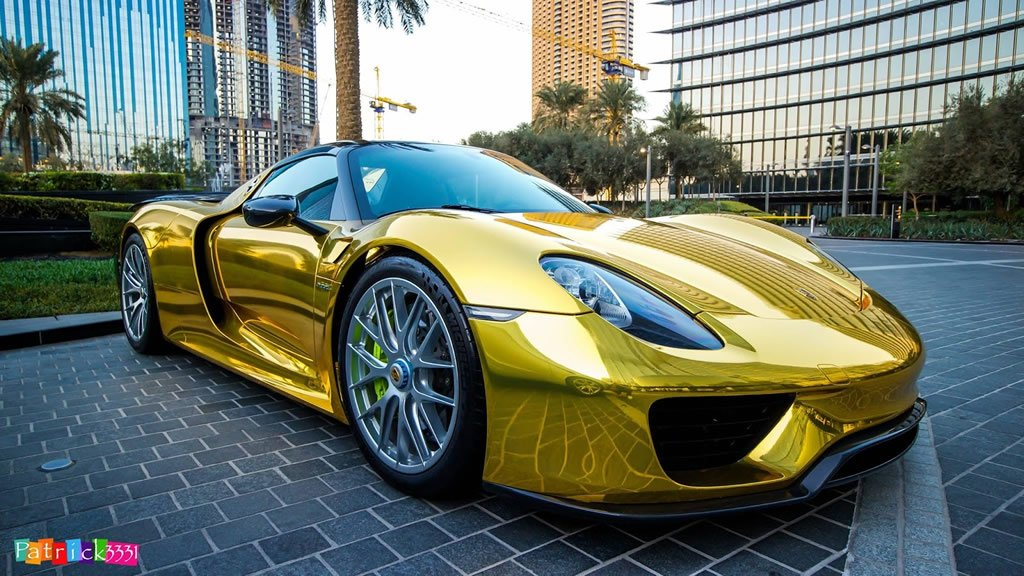 World S First Chrome Gold Wrapped Porsche 918 Spyder Spotted In Saudi Arabia