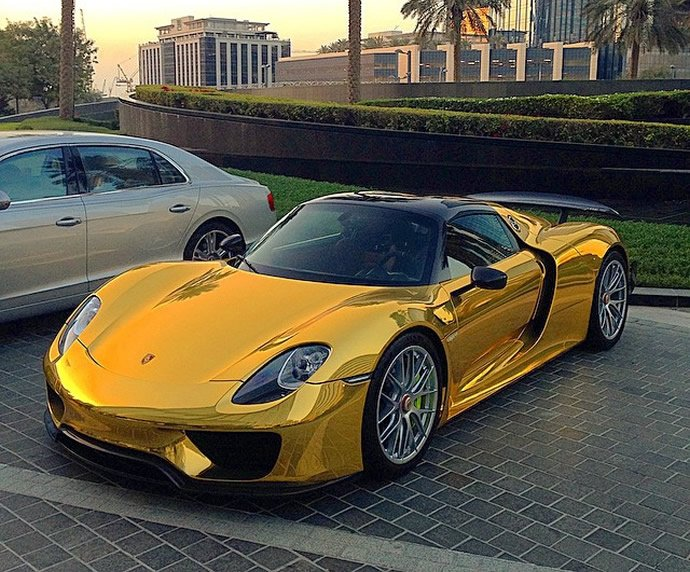 World S First Chrome Gold Wrapped Porsche 918 Spyder