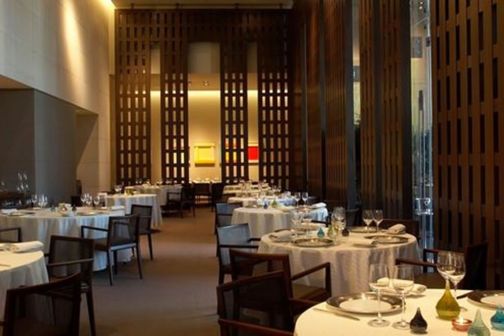 Here Is What One Pays To Dine At The 11 Most Expensive Restaurants Steakhouse Houston Galleria
