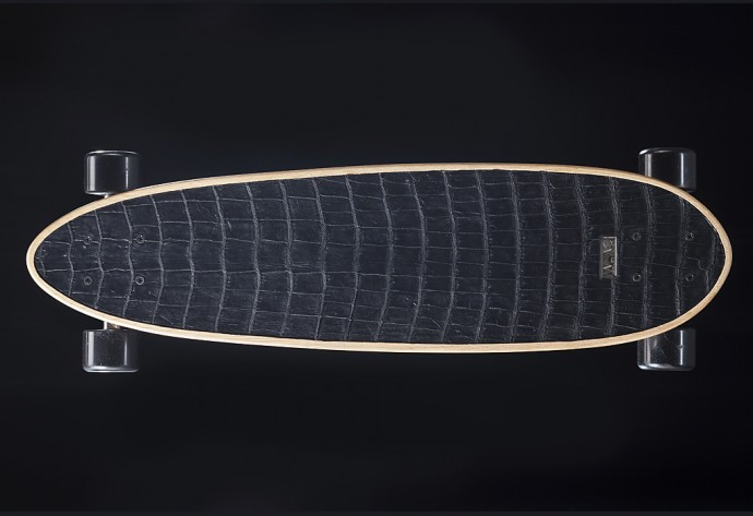 longboard-habille-de-crocodile-1