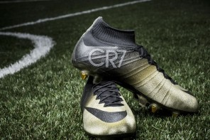 nike-mercurial-cr7-rare-gold-1