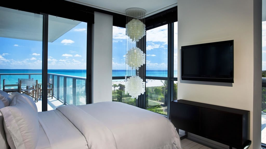Suite Of The Week The Stylish E Wow Suite At The W South Beach Miami